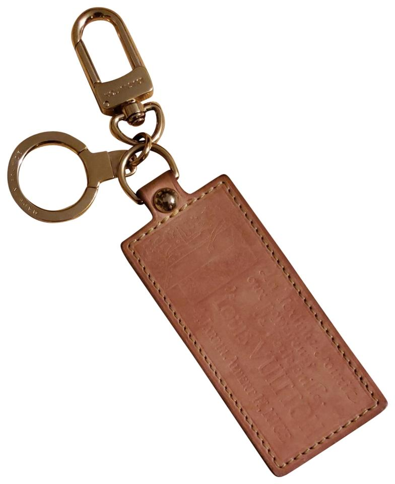 2dcfa1459dc6 Louis Vuitton Limited Edition Vachetta Leather Key Charm Key Ring Holder  Luggage Tag Image 0 ...