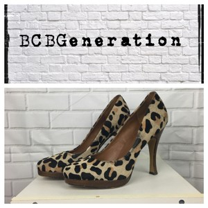 BCBGeneration Beige/Brown/Black Pumps