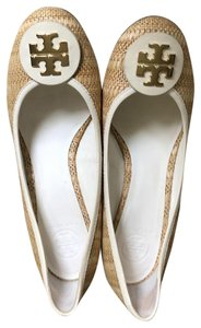 Tory Burch Summer Fashion Tan, Cream and Gold Wedges