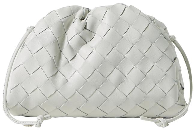 Bottega Veneta Clutch The Mini Pouch 20 Intrecciato White Raffia/Leather Cross Body Bag Bottega Veneta Clutch The Mini Pouch 20 Intrecciato White Raffia/Leather Cross Body Bag Image 1