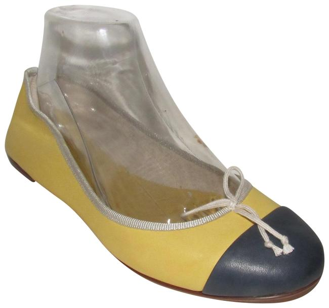 Item - Yellow Leather with Navy Toes Modern Shoes/Designer Flats Size US 8.5 Regular (M, B)