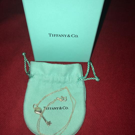 Tiffany & Co. TIFFANY & CO. Sterling Silver Key with Stone Pendant Necklace Image 6