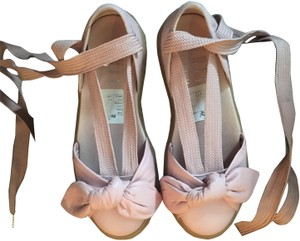 best service e00a2 5f541 FENTY PUMA by Rihanna Pink Creeper Bow Lace Up Sneaker Sandals Size US 7.5  Regular (M, B) 66% off retail