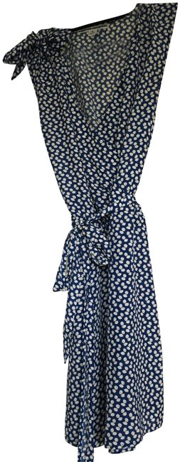 Item - Blue and White Floral Mid-length Short Casual Dress Size 8 (M)