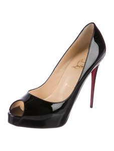 ca576d4e7852 Christian Louboutin Pumps - Up to 70% off at Tradesy