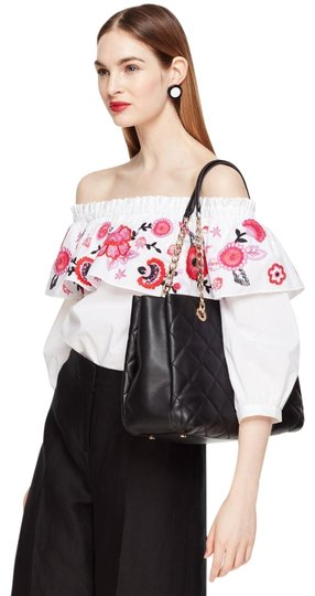 Preload https://img-static.tradesy.com/item/23495154/kate-spade-emerson-place-allis-quilted-shoulder-black-leather-tote-0-4-540-540.jpg
