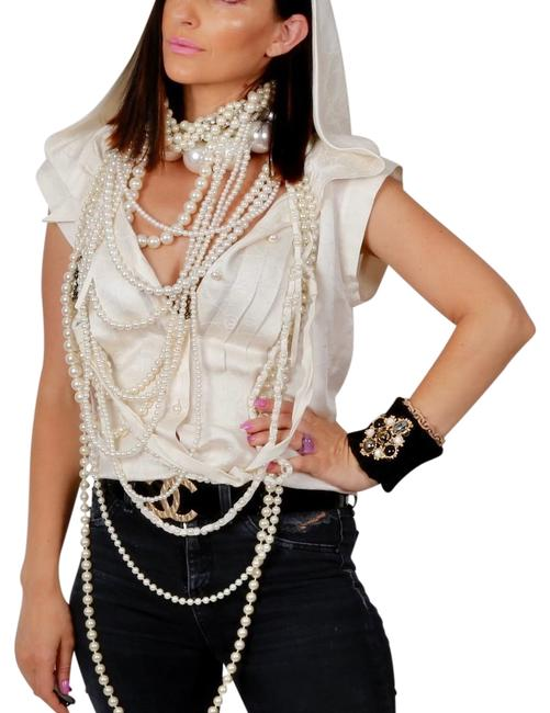 Preload https://img-static.tradesy.com/item/23495279/chanel-white-ivory-sleeveless-hooded-shirt-blouse-button-down-top-size-6-s-0-1-650-650.jpg