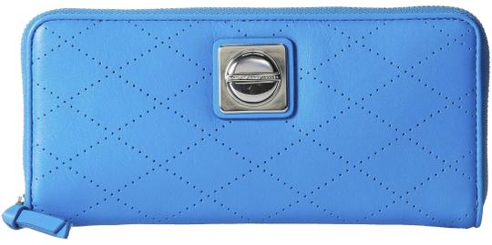 Preload https://img-static.tradesy.com/item/23495460/marc-jacobs-blue-on-the-dot-glow-perforated-leather-slim-zip-wallet-0-1-540-540.jpg