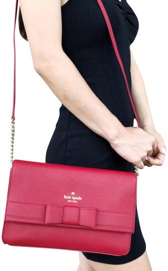 Preload https://img-static.tradesy.com/item/23495560/kate-spade-kirk-park-saffiano-veronique-alek-bow-pillbox-red-leather-cross-body-bag-0-1-540-540.jpg