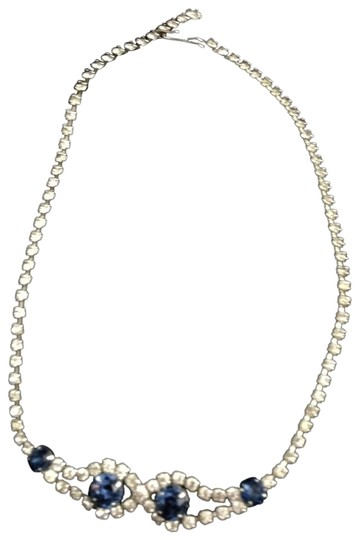 Preload https://img-static.tradesy.com/item/23495617/silver-and-blue-vintage-rhinestone-choker-necklace-0-1-540-540.jpg