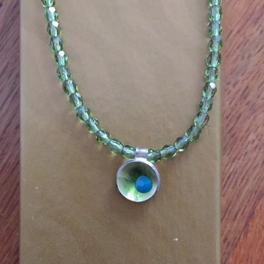 Other green necklace