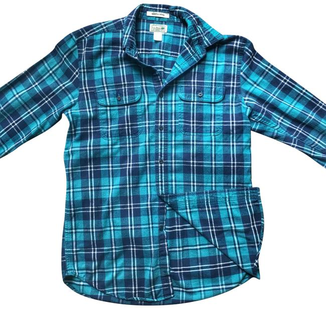 Preload https://img-static.tradesy.com/item/23496137/cotton-flannel-button-down-top-size-10-m-0-1-650-650.jpg