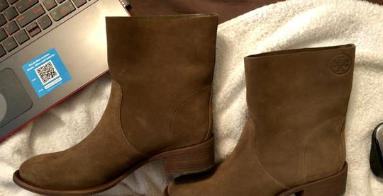 Tory Burch Size 7.5 New NEW-IN-BOX-NATURAL SUEDE Boots