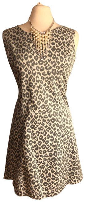 Preload https://img-static.tradesy.com/item/23496187/liz-claiborne-dark-light-graywhite-nwt-sz-jungle-fever-animal-print-sleeveless-cotton-mid-length-sho-0-1-650-650.jpg