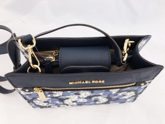 Michael Kors Hailee Signature Mk New With Tag Cross Body Bag