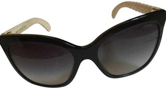 Preload https://img-static.tradesy.com/item/23496368/chanel-black-and-white-5288-q-butterfly-cat-eye-cc-logo-quilted-goatskin-leather-sunglasses-0-1-540-540.jpg