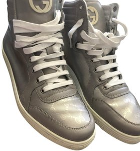 a4018e84c US 10. Gucci silver Athletic