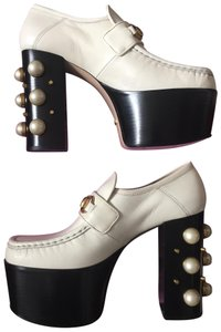 1afc2f35ac7 Gucci Platforms - Up to 90% off at Tradesy