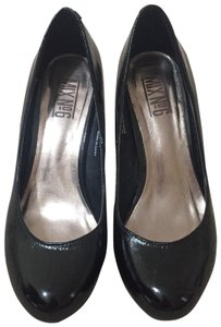 Mix No. 6 black Pumps