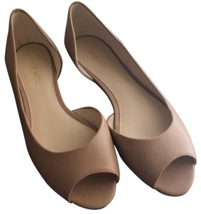 Nine West nude/ tan Flats