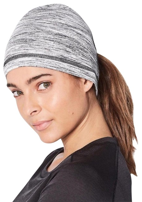 Item - Gray It Out Toque Hat