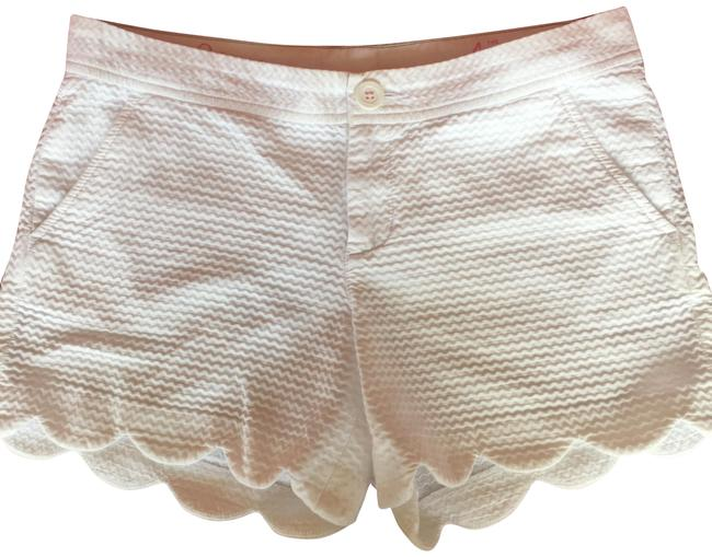 Item - White Buttercup Shorts Size 4 (S, 27)