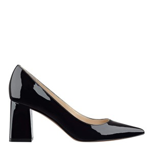 Marc Fisher Leather black patent Pumps