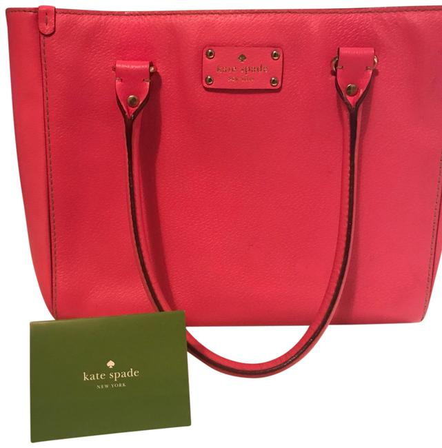 Item - Box Classic Pink Leather Baguette