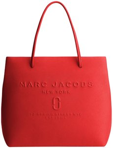 Marc by Marc Jacobs Tote in Red Pepper