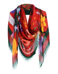 affcd0f2c980 Women s Scarves   Wraps - Up to 70% off at Tradesy
