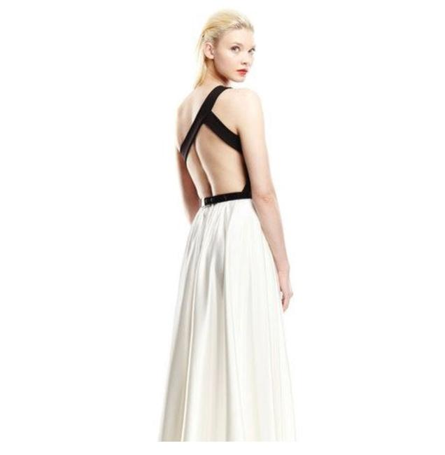Item - Black and White Gown Long Formal Dress Size 8 (M)