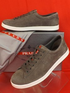 Prada Gray Men's Suede Lace Up Lettering Logo Sneakers 7.5 Us 8.5 Shoes