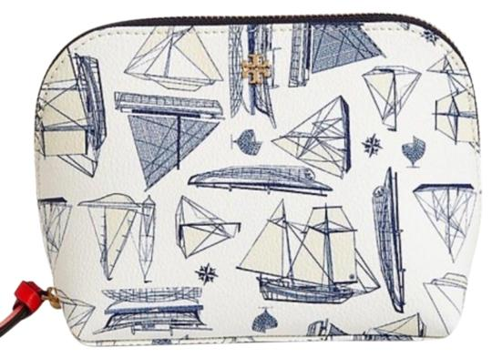 Preload https://img-static.tradesy.com/item/23508074/tory-burch-sailboat-navy-white-nautical-new-print-summer-makeup-cosmetic-bag-0-1-540-540.jpg