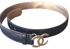Chanel Chanel black quilted leather belt