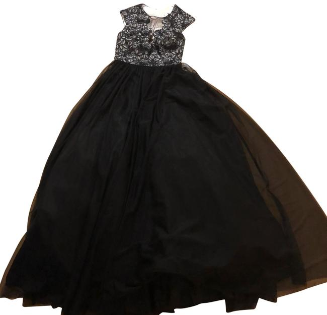 Item - Black White Gown Tulle Long Formal Dress Size 2 (XS)
