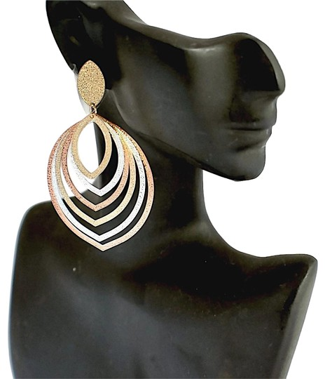 Preload https://img-static.tradesy.com/item/23509590/rose-gold-multi-tone-layered-leaf-18kts-earrings-0-1-540-540.jpg
