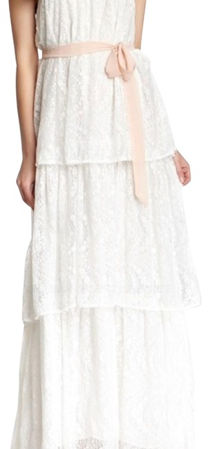 Preload https://img-static.tradesy.com/item/23510167/tiered-lace-long-night-out-dress-size-8-m-0-1-650-650.jpg