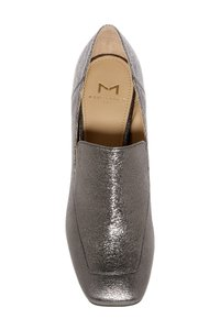 Marc Fisher pewle Pumps