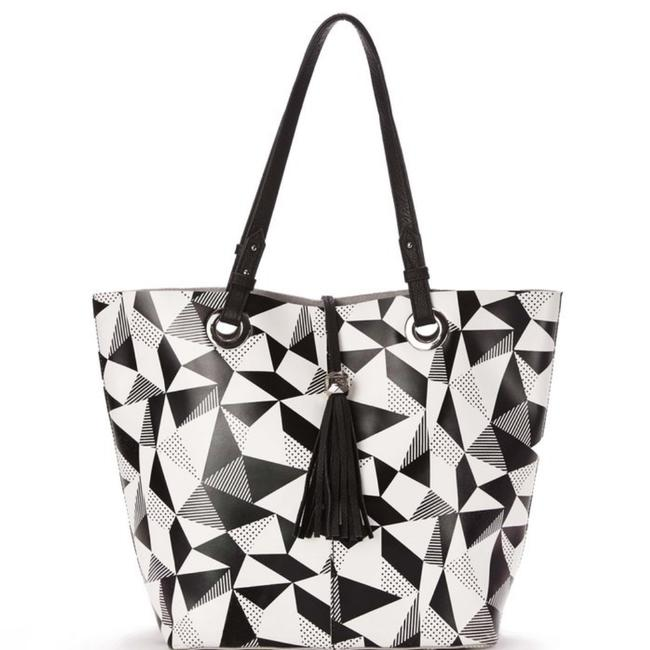 Item - Geometric Black and White Leather Tote