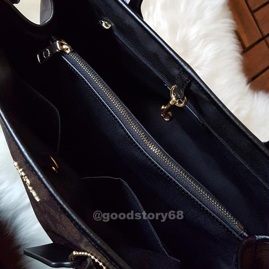 Coach Tote in Brown/Black Image 4