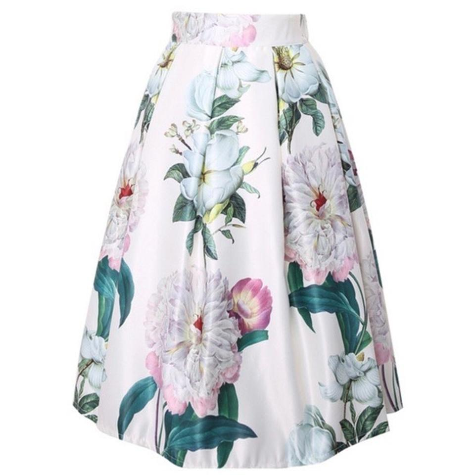 3f7e3b2a20 White Pastel Floral Full Skirt Size OS (one size) - Tradesy