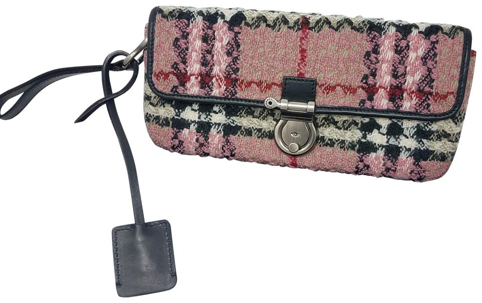 315348cdcaf5 Burberry Pink multicolor check patterned knit Burberry London clutch ...
