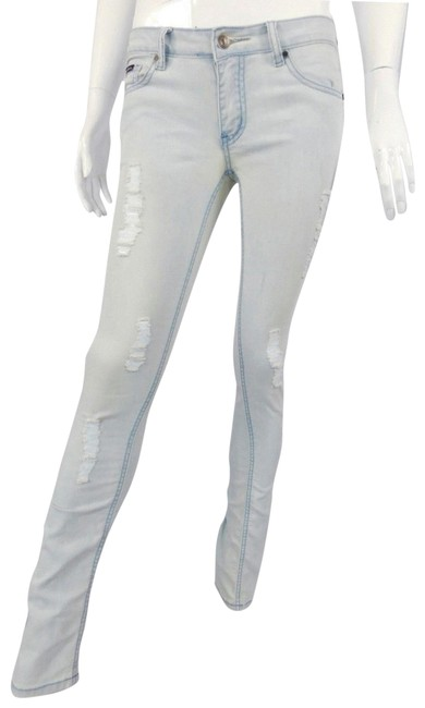Preload https://img-static.tradesy.com/item/23515583/dolce-and-gabbana-blue-distressed-dolce-and-gabbana-light-skinny-jeans-size-26-2-xs-0-1-650-650.jpg