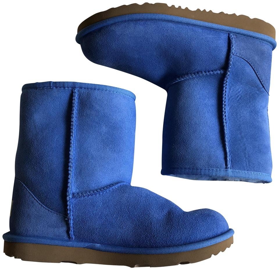 ecbc469dbbf8 UGG Australia Blue Classic Ii Water Resistant Genuine Shearling Boots Booties.  Size  US 5 ...