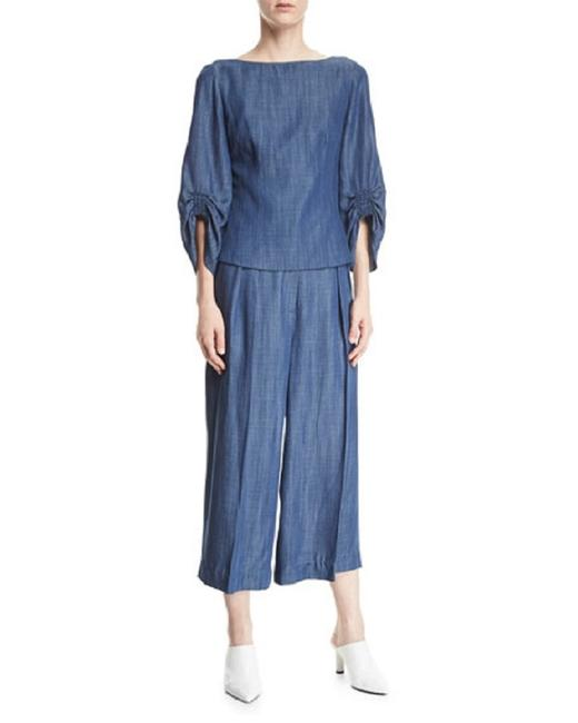 Preload https://img-static.tradesy.com/item/23515641/tibi-chambray-with-pleat-details-capricropped-pants-size-2-xs-26-0-0-650-650.jpg