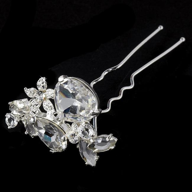 Item - Silver Or Gold Rhinestone Pin Hair Accessory