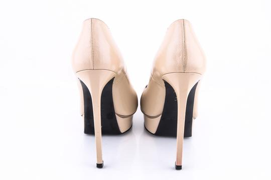 Saint Laurent Beige Pumps Image 4