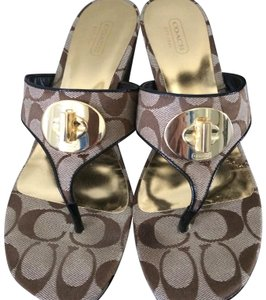 Coach Brown/taupe sig print Wedges