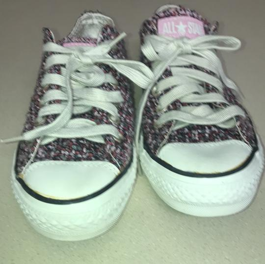 Converse pink Athletic Image 1