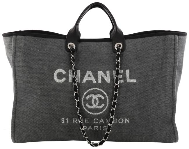 Item - Deauville XL Chain Gray Canvas Tote